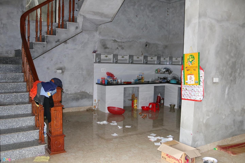 Hố tử thần nuốt căn nhà 2 tầng ở Hà Nội-5