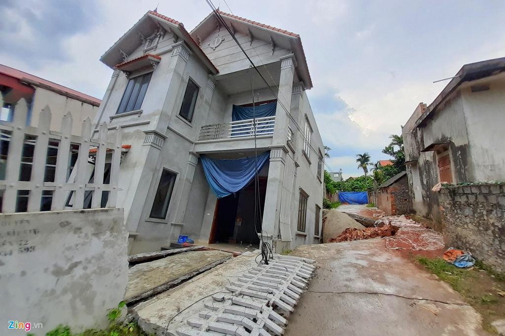 Hố tử thần nuốt căn nhà 2 tầng ở Hà Nội-1