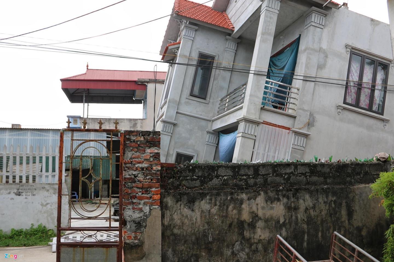 Hố tử thần nuốt căn nhà 2 tầng ở Hà Nội-7