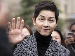 Song Joong Ki miệt mài làm việc trước và sau ly hôn Song Hye Kyo