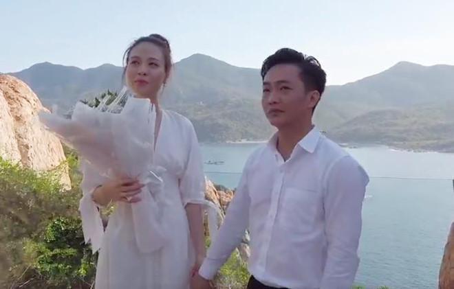 Diện đồ ton-sur-ton, Cường Đô la bật mí cảnh cầu hôn Đàm Thu Trang cực kỳ lãng mạn bên bờ biển-1