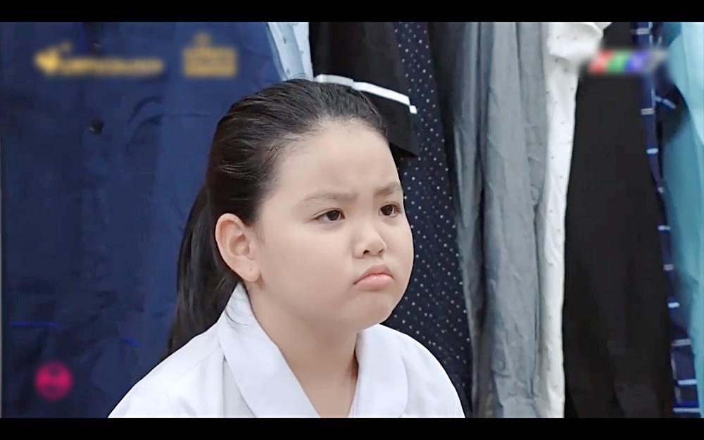 Má thiên hạ Hae Ri khoái chí vì một đứa trẻ ngoan ngoãn cũng có ngày hư giống mình-1