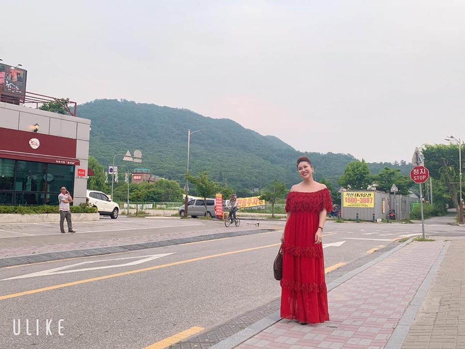 Hồ Ngọc Hà sánh đôi Kim Lý đưa gia đình khám phá xứ sở cờ hoa-10