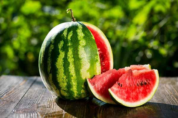 Mê ăn dưa hấu đến mấy mà thấy dấu hiệu này cũng phải vứt bỏ ngay lập tức kẻo rước bệnh vào người-1