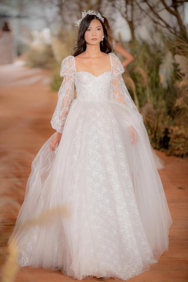 Hoàng Thùy mặc váy cưới làm cô dâu gợi cảm-11