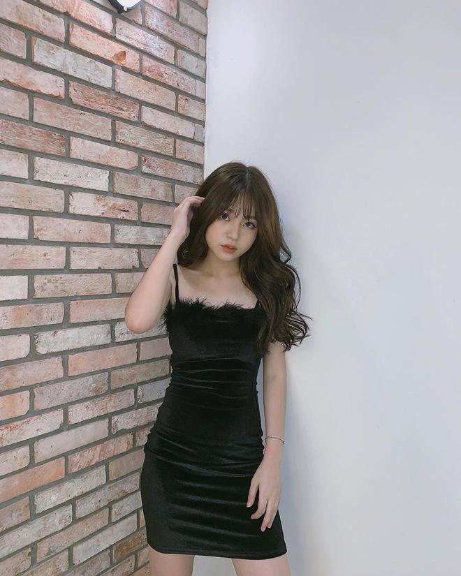 Thêm một girl xinh Hà Nội chỉ cao 1m52 được báo nước ngoài rầm rộ ca ngợi vì body nóng bỏng khó ai bì-6