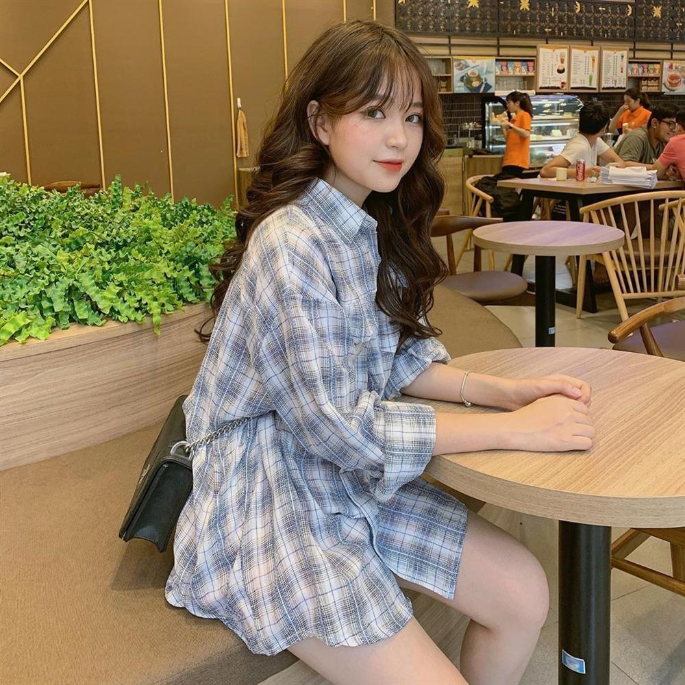 Thêm một girl xinh Hà Nội chỉ cao 1m52 được báo nước ngoài rầm rộ ca ngợi vì body nóng bỏng khó ai bì-7