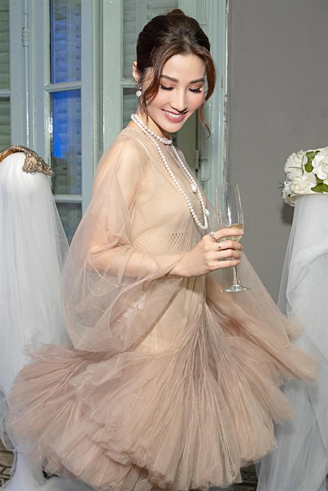 Đụng váy với Song Hye Kyo, Diễm My can tâm nhận mọi sự so sánh-2