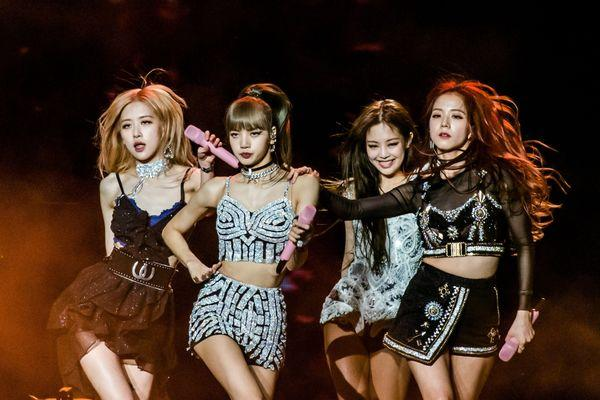 Vượt qua The Pu***cat Dolls và Dixie Chicks, BlackPink trở thành nhóm nhạc nữ có doanh thu cao nhất Australia chỉ với 1 concert-2