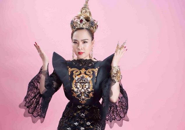 Nữ hoàng văn hóa tâm linh và những danh xưng nhan sắc kỳ lạ-1