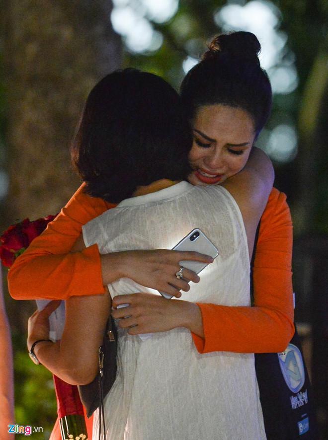 Bạn gái Trọng Đại khóc nức nở khi bị loại ở Hoa hậu Thế giới Việt Nam-3