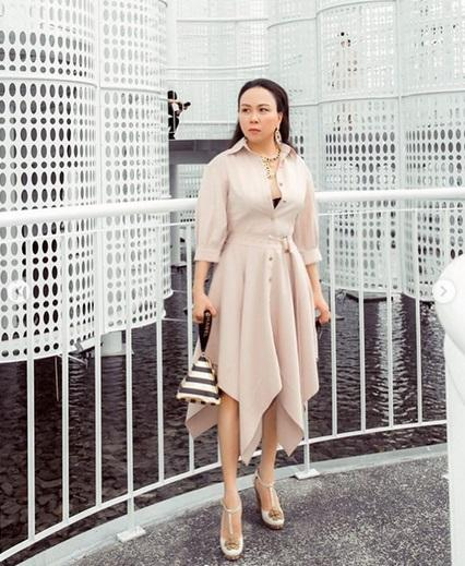Ngoài phong cách thời trang hiếm khi đẹp, Phượng Chanel lại bị soi cách xuống xe kém sang-5