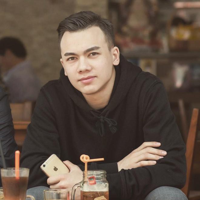 Tân binh của đội bóng Hải Phòng lai Việt - Nga, đẹp trai như hotboy-2