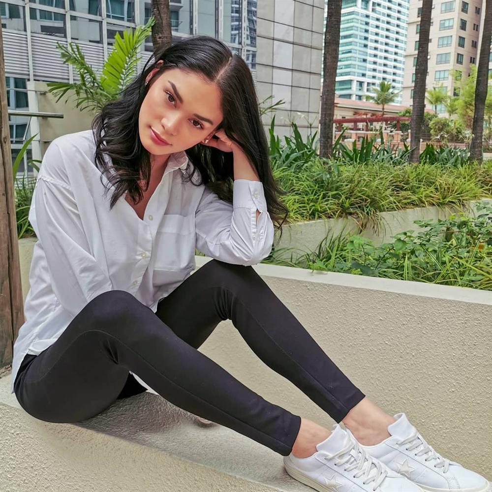 Bản tin Hoa hậu Hoàn vũ 8/7: HHen Niê diện yếm đào cách tân giật spotlight của dàn mỹ nhân khoe thân nóng bỏng-7
