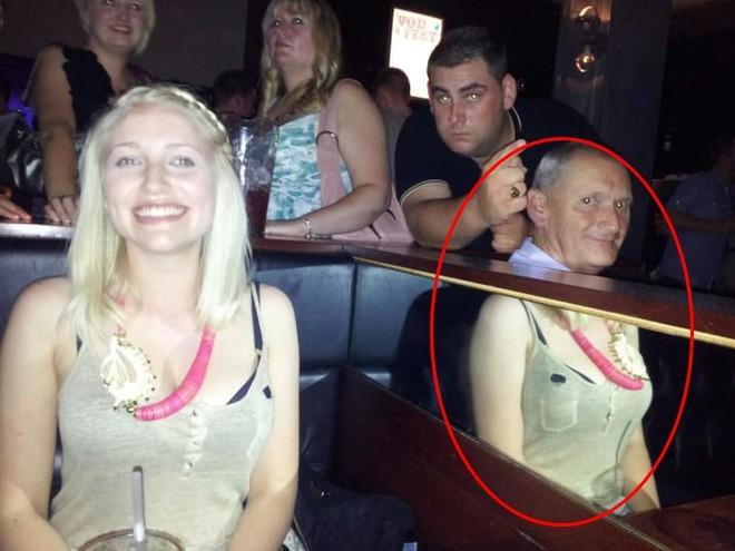Hú hồn bức ảnh đôi chân người phụ nữ sừng sững giữa tàu, ai nhìn cũng phải vò đầu bứt tai truy tìm sự thật-5