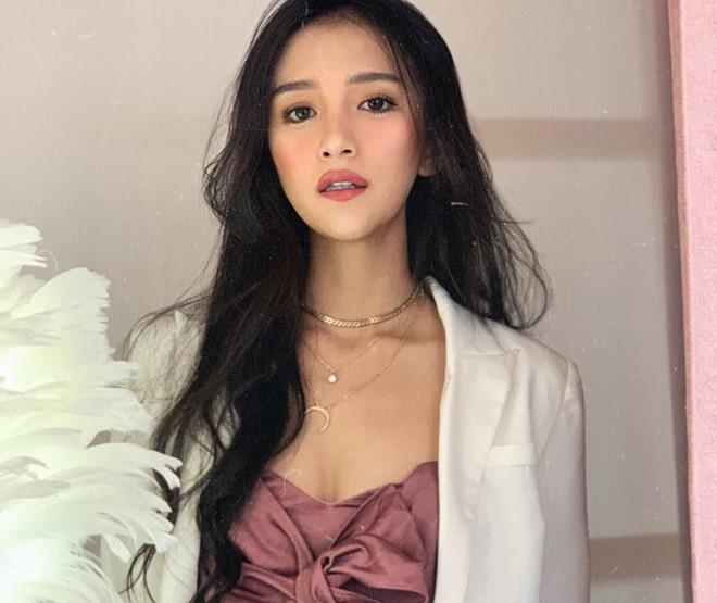 Hotgirl mặt xinh dáng chuẩn nổi tiếng với giới trẻ Đài Loan-4