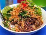Quán bún bò vỉa hè ở Hà Nội từng được công chúa Thụy Điển ghé ăn
