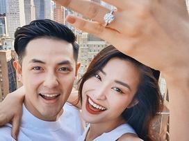 Ơn giời, sau 10 năm yêu nhau Ông Cao Thắng cũng đã chịu cầu hôn Đông Nhi rồi!
