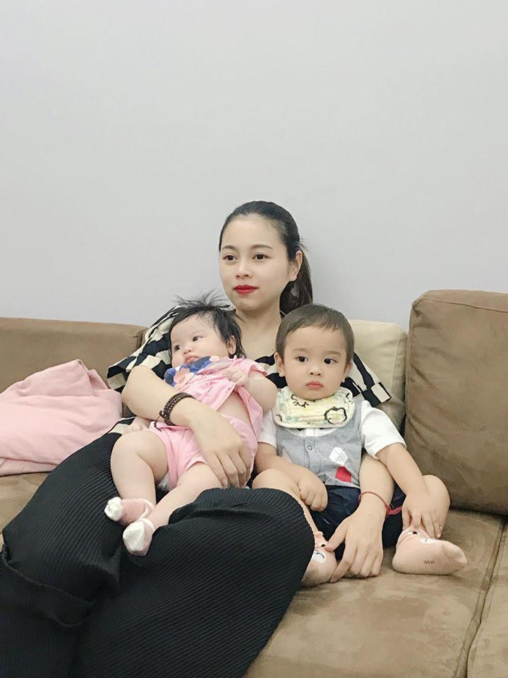 Mới 6 tháng tuổi nhưng con gái thứ 4 của hot mom Hằng Túi chiếm mọi spotlight hội bỉm sữa vì quá đáng yêu-6
