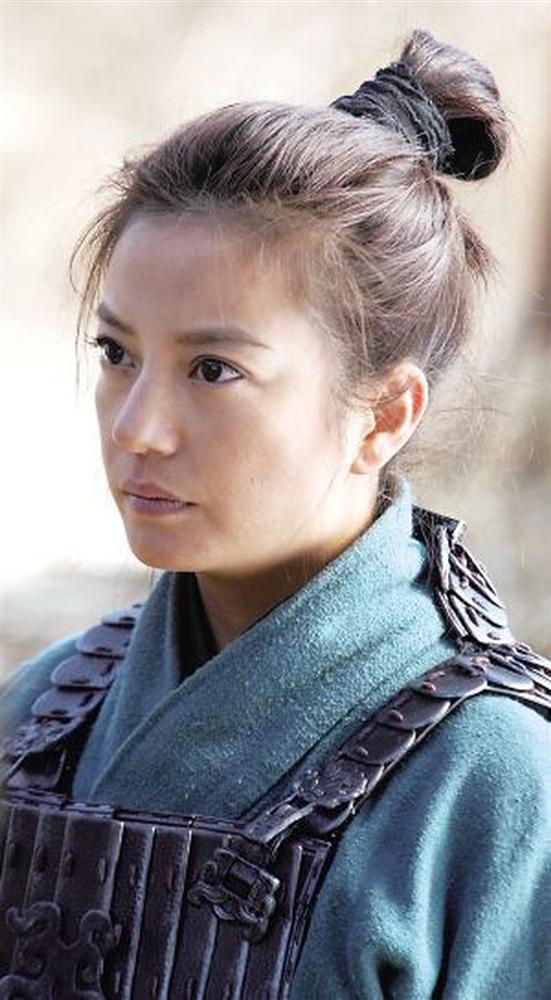 Lưu Diệc Phi bị chê không xứng đóng Hoa Mộc Lan, cư dân mạng đồng loạt gọi tên Triệu Vy-2