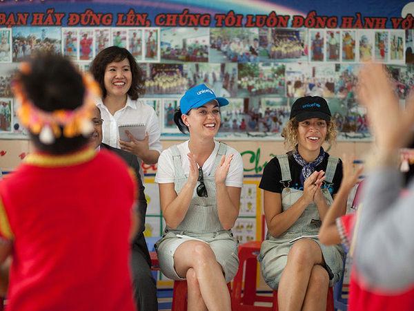 Cộng đồng fan Việt náo loạn: Charlie Puth đăng tải cuộc phỏng vấn bằng tiếng Việt trên Instagram-4