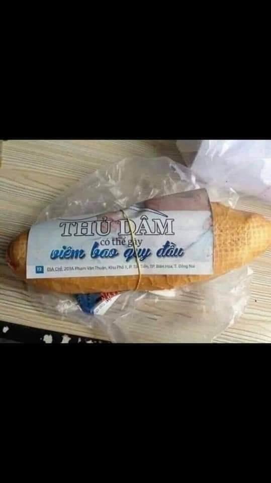 Hết hồn với những mảnh giấy gói bánh mì, nhìn thôi đã buồn nônchứ nói gì đến ăn-5