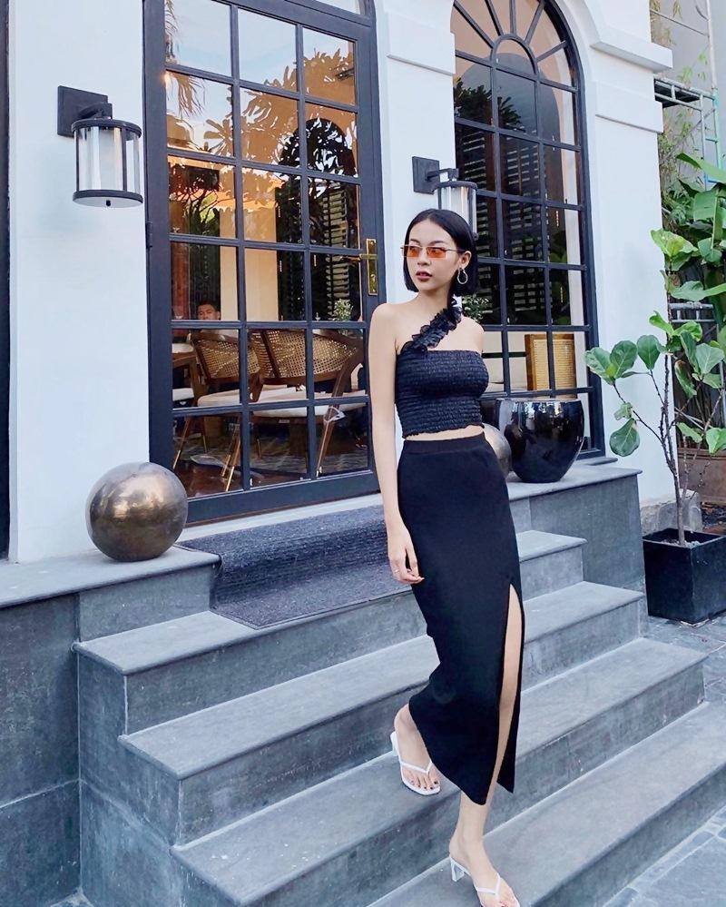 Con gái cứ mặc đồ đen là auto chất: Cứ nhìn Chi Pu, Tú Hảo, Phí Phương Anh tuần qua thì biết!-6