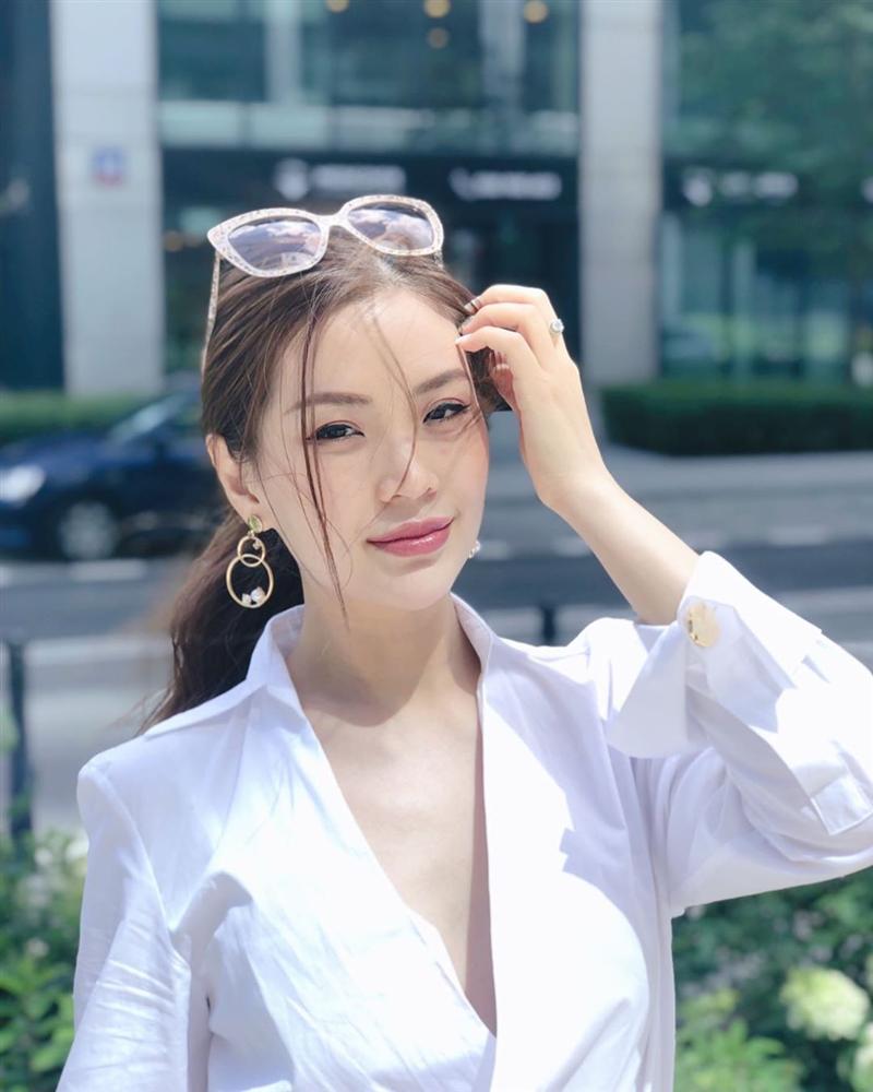 Linh Chi tuyên bố muốn cắn nát mặt Ngọc Trinh-11