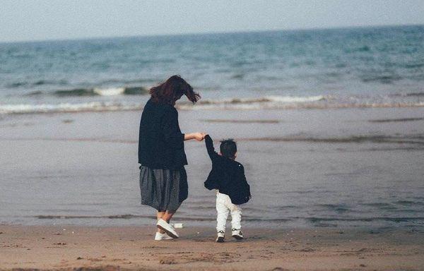 Ly hôn là bất hiếu? - câu chuyện buồn của một người mẹ tay trắng nuôi con gây bão mạng xã hội, khiến nhiều người phải suy ngẫm-6