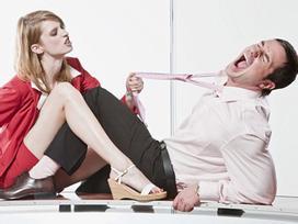 Từ chối 'yêu' vợ, người đàn ông gặp kết cục kinh dị