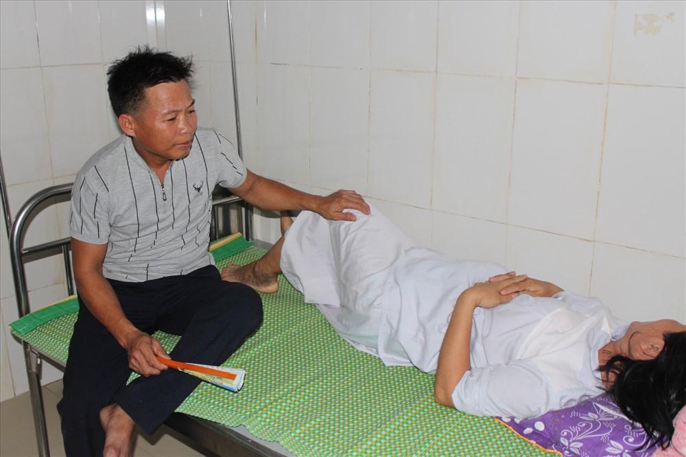 Vụ trẻ sinh bị bác sĩ kéo đứt cổ: Bản tường trình CHƯA TỪNG ĐƯỢC TIẾT LỘ của kíp trực viết bác sĩ kéo đứt lìa đầu thai nhi-1