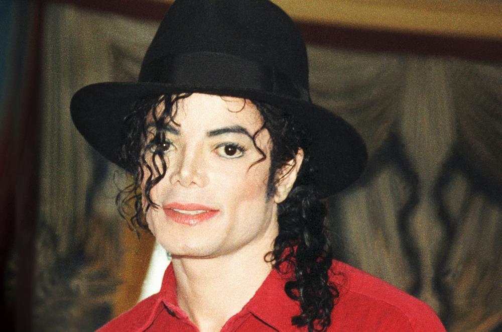Ông hoàng nhạc pop Michael Jackson vẫn kiếm tiền tỷ dù qua đời đã nhiều năm-2