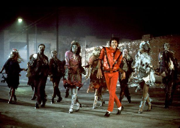 Ông hoàng nhạc pop Michael Jackson vẫn kiếm tiền tỷ dù qua đời đã nhiều năm-1