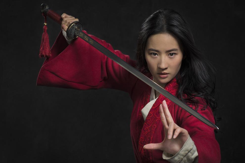 Triệu Lệ Dĩnh - Lưu Diệc Phi: Cùng sinh năm 1987, người là nữ hoàng rating, kẻ mang danh độc dược phòng vé-10