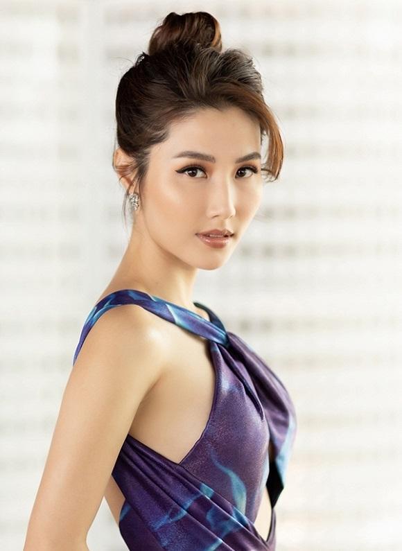 Hoa hậu hài Thu Trang mặt sưng phù loang lổ - Hari Won mất điểm với mái tóc như điện giật-7