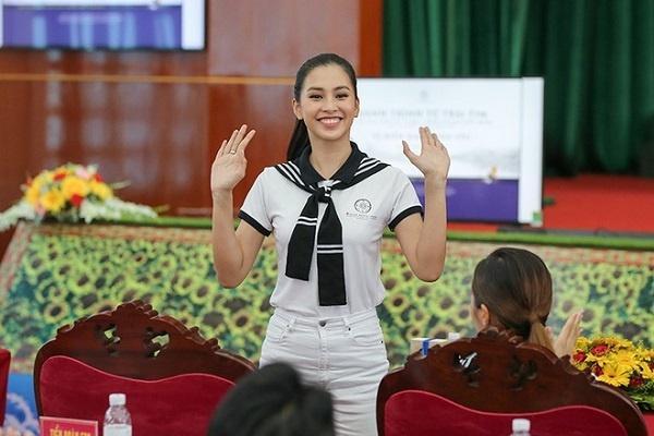 Bộ ba Hoa hậu Việt Nam 2018 sau 1 năm giờ ra sao?-10