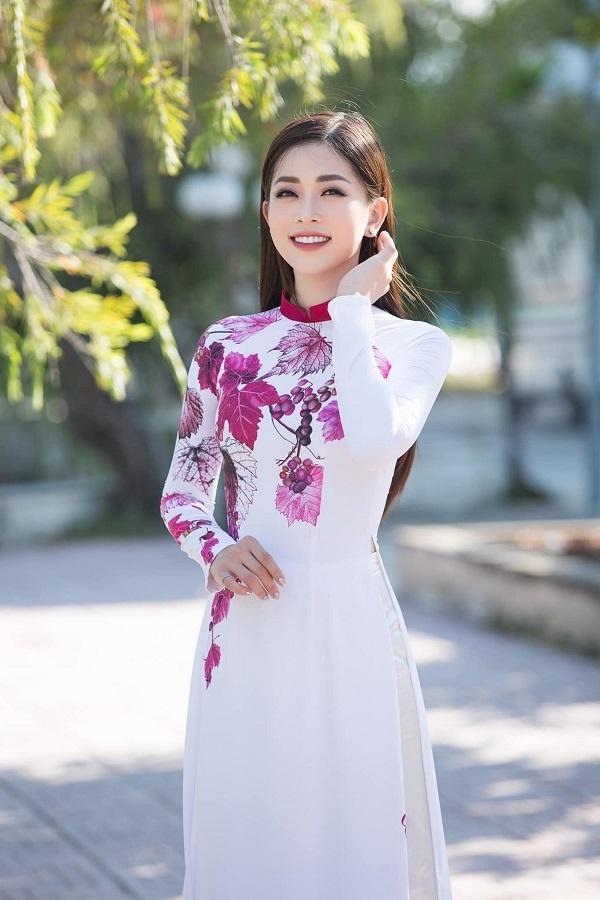 Bộ ba Hoa hậu Việt Nam 2018 sau 1 năm giờ ra sao?-18