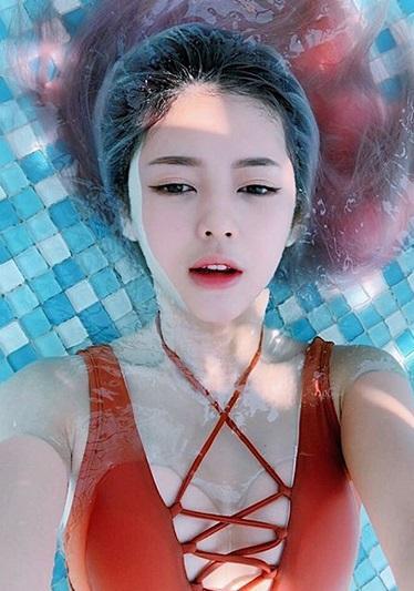 Liz Kim Cương diện bikini khoe body nóng bỏng thế này ai chẳng chết mê chết mệt chứ đâu riêng Trịnh Thăng Bình-10