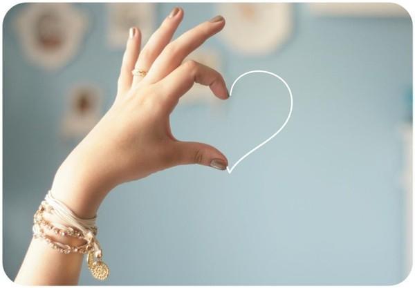 Muốn biết trong trái tim họ còn có mình không, hãy xem 4 hành động này-1