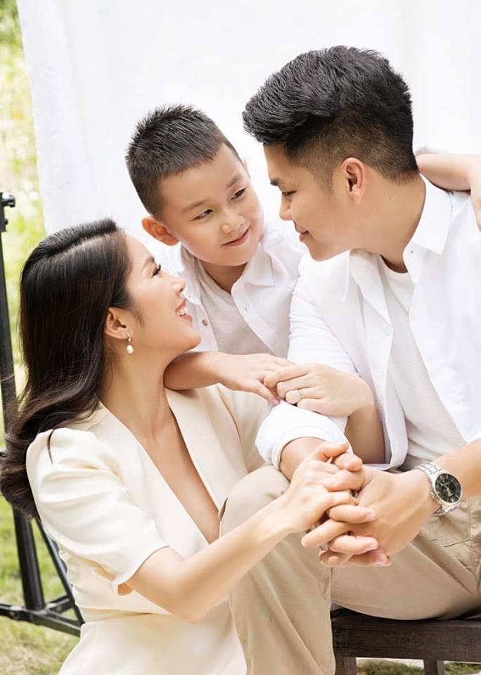 Ai bầu bí sướng bằng Lê Phương: Được mẹ chồng chuẩn bị đồ ăn mang tới tận miệng-1