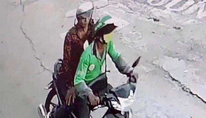 Tài xế GrabBike bị cướp cắt cổ ở Sài Gòn-1