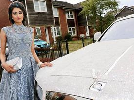 Nữ sinh khiến thiên hạ phải trầm trồ khi đi dạ hội bằng siêu xe Roll Royce nạm pha lê