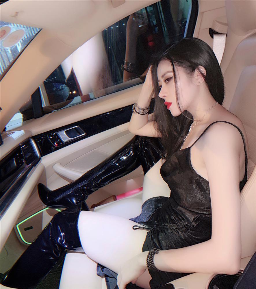 Lộ ảnh quá khứ của girl xinh nổi đình đám MXH Việt, nhiều người dụi mắt trăm lần vẫn không tin cùng một người-5