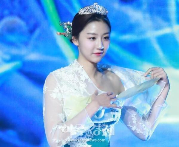 Diện hanbok theo kiểu khoe thân, Top 6 Hoa hậu Hàn Quốc 2019 bị ném đá không trượt phát nào-8