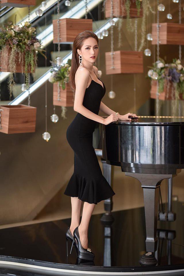 Chỉ cần 1 chiếc váy body, Hương Giang chặt đẹp dàn công chúa từ Ngọc Trinh, Huyền My đến Tiểu Vy-7