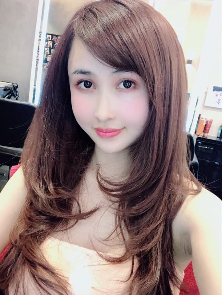 Đừng chỉ chú ý đến con gái 20 tuổi đáng yêu, vợ hai của thiếu gia Minh Nhựa cũng đẹp mê mẩn như gái 18 thế này cơ mà-3