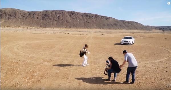 Sơn Tùng lần đầu tiết lộ những cảnh tình tứ với người đẹp Madison Beer trong clip hậu trường MV Hãy trao cho anh-8