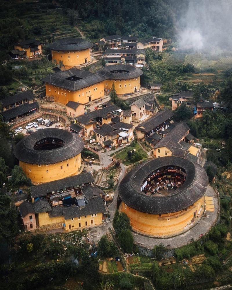Những công trình kiến trúc kỳ lạ ở Trung Quốc-1
