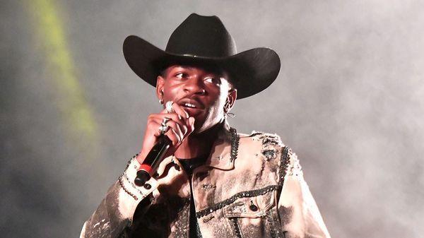 Lil Nas X rủ rê Mariah Carey hợp tác trong bản remix Old Town Road: Câu trả lời của nữ diva khiến ai cũng ngạc nhiên-6