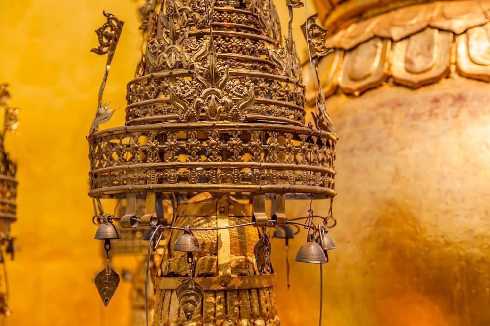 Độc đáo tu viện dát vàng giữa vùng đất mây vờn ở Myanmar-5
